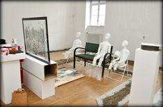 Nemeth Hajnal Aurora: A little chaos... I need just you for my sculpture installataion:)/ Már csak Te hiányzol a kanapéról!!