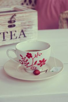 Blue Hortensia: Vrijeme za čaj uz pitu od čokolade...