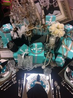 Breakfast at Tiffanys table setting