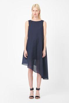 Asymmetric dress COS