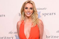 Britney Spears se divertindo com o namorado e os filhos - http://metropolitanafm.uol.com.br/novidades/famosos/britney-spears-se-divertindo-com-o-namorado-e-os-filhos