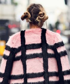 Street Style London Fashion Week SS17 Best Hair | We've rounded up the best hairstyles sported by models, fashion editors and style stars at the SS17 London Fashion Week shows. #refinery29 http://www.refinery29.uk/street-style-lfw-hair-inspiration