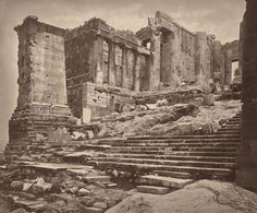 William James Stillman an American journalist, diplomat, author, historian, and photographer captured the magic of Acropolis in 1870 in a series of carbon prints. Greece Pictures, Old Pictures, Old Photos, Vintage Pictures, Mycenae, Greek History, Art Deco, National Gallery Of Art, Parthenon