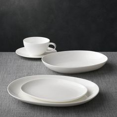 Bennett Oval 5-Piece Place Setting - Crate and Barrel