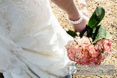 Bridal Pictures - www.dozierdesign.com