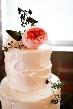 The beauty of buttercream! Source: Ruffled | Laced in Weddings