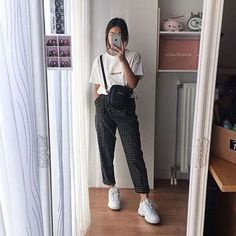 Get Fall Outfits for School You Need To Good Wear Now - Fashion Outfits Korean Street Fashion, Korea Fashion, Asian Fashion, Look Fashion, 90s Fashion, Girl Fashion, Fashion Outfits, India Fashion, Pretty Outfits