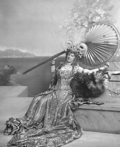 Duchess of Devonshire's ball 1897 Princess Daisy of Pless as the Queen of Sheba. The cloth alone for this dress reportedly cost over 400£ at the time