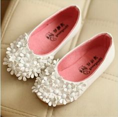 416b86ebcc10 56 Best Baby Girl Shoes images