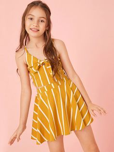 To find out about the Girls Tie Front Shirred Striped Cami Top & Skirt Set at SHEIN, part of our latest Girls Two-piece Outfits ready to shop online today! Preteen Girls Fashion, Girls Fashion Clothes, Teen Fashion Outfits, Girl Fashion, Style Clothes, Cute Teen Outfits, Teenage Girl Outfits, Kids Outfits Girls, Striped Cami Tops