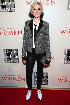 Evan Rachel Wood   10 Women Who Could Teach Guys A Thing Or Two About Wearing A Suit