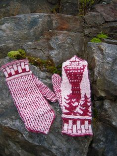 Puijo Mittens are stranded mittens showing a local attraction in my hometown Kuopio, the Puijo Tower. Wrist Warmers, Hand Warmers, Ravelry, Fingerless Mittens, Mitten Gloves, Photo Wall, Free, Wall Photos, Crafts