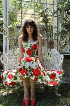 I tried to love the red flowers, and the dress is lovely, but hmm.......
