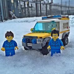With more winter weather and #snow expected for many parts of the country this week Coastguard Rescue Teams are ready to assist #team999 and partner agencies with 4x4 capability and specialist support #999Coastguard #CommunityResilience #coastguard #AFOL #alwaysoncall #brick #BRICKIFY #brickcentral #brickculture #bricknetwork #brickssocial #ilovelego #instalego #lego #legocity #LegoWorld #legostagram #legophotography #legominifigures #legography #legoaddict #minifigures #outonashout #rnli…