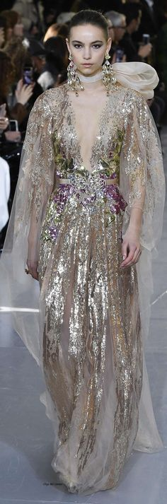 Fashion Moda, Womens Fashion, Elie Saab Spring, Elie Saab Couture, Evening Dresses, Formal Dresses, Glamour, Couture Dresses, Beautiful Gowns