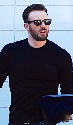 Chris Evans in Hollywood 9.18.14