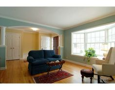 Benjamin Moore: Kennebunkport Green And Dunmore Cream | Iu0027d Like To Paint  The World | Pinterest | Benjamin Moore, Fresh Living Room And Living Rooms Part 54