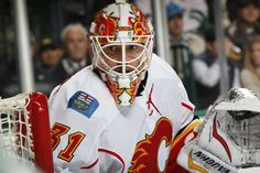 DALLAS, TX - DECEMBER 6: Chad Johnson #31 of the Calgary Flames tends goal against the Dallas Stars at the American Airlines Center on December 6, 2016 in Dallas, Texas. (Photo by Glenn James/NHLI via Getty Images)