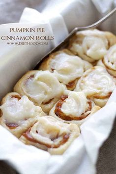 Pumpkin Pie Cinnamon Rolls in 30 minutes! Made with a delicious pumpkin pie filling and an incredible pumpkin pie spice cream cheese frosting! UPDATE: tried these and they came out perfectly and were delicious! Pumpkin Recipes, Fall Recipes, Holiday Recipes, Delicious Desserts, Dessert Recipes, Yummy Food, Baking Desserts, Yummy Yummy, Healthy Food