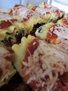 spinach lasagna rolls. a weight-watchers recipe but still looks appetizing. intriguing.
