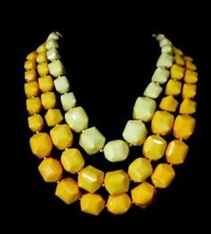 D41-Chunky-Graduated-Color-Large-Acrylic-Bead-Statement-Necklace