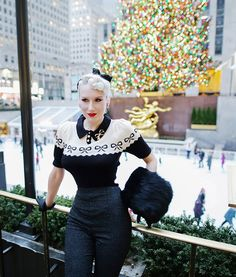My festive outfit today is a blend of feminine, cozy cute, & glamorous - p. Cute Dress Outfits, Cute Dresses, 1940s Dresses, Vintage Dresses, Relentlessly Red, Secret In Lace, Black Capris, Lady Jane, Bright Blonde