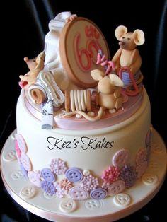 Mice doing Needlecraft - by kezskakes @ CakesDecor.com - cake decorating website