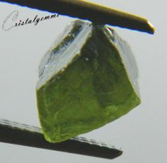 Cristal d'apatite verte