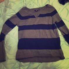 NWOT Gap long sleeve sweater Gap long sleeve sweater shirt. Never worn perfect condition GAP Tops