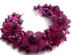 Magenta Pearl Beaded Bracelet With Flowers.