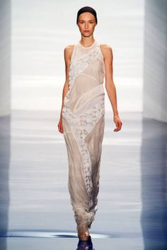 Looking for a non-traditional bridal gown? Vera Wang Spring 2014 Ready-to-Wear Runway Collection