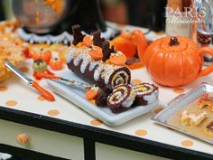 Swiss Roll Gateau Roulé for Halloween / Autumn por ParisMiniatures