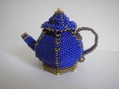 Beaded Teapot picture step-by-step tutorial Beaded Boxes, Beaded Purses, Beaded Jewelry, Jewellery, Seed Bead Patterns, Jewelry Patterns, Beading Patterns, Beading Projects, Beading Tutorials