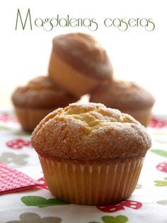 Magdalenas caseras Pan Dulce, Spanish Food, Drinking Tea, Yummy Cakes, Tea Time, Muffins, Yummy Food, Cookies, Chocolate