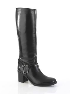 Stiefel aus hochwertigem Rinds-Glattleder. Zierriegel mit verstellbarer…