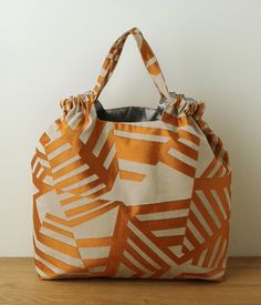 Handmade Bags, Bucket Bag, Sewing Projects, Pouch, Textiles, Handbags, Stitch, Tote Bag, Pattern