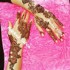 A pioneer in Arabic henna design in the UAE since 1980