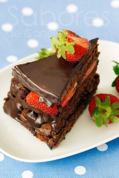 Sabores de Canela: Bolo de chocolate e morangos