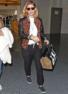 There she goes! On Thursday, Kate Mara, 34, looked relaxed in a casual ensemble as she prepared for a flight out of LAX
