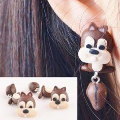 Egern øreringe, 49 kr. Se vores mange sjove øreringe af plexiglas, eller smykkeler. http://uglenimosen.dk/produkter/71-sjove-oereringe/