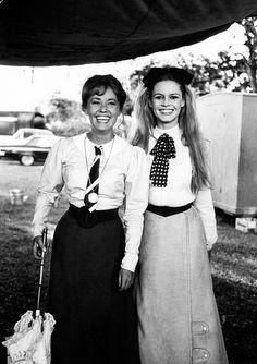 Jeanne Moreau e Brigitte Bardot, protagonistas de Viva Maria! durante as…