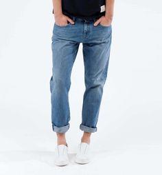 Mud Jeans. Bravi, belli, trovabili online.