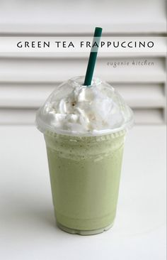How to Make Green Tea Frappuccino [Copycat Recipe] - Eugenie Kitchen