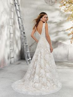 Morilee, the leading brand of Elegant Wedding & Prom Dresses, Bridal Gowns & Bridesmaid brings you gorgeous collections of Designer & Wedding Dresses. Wedding Dresses Near Me, Wedding Dress Cost, Blush Pink Wedding Dress, Inexpensive Wedding Dresses, Tulle Wedding Gown, Two Piece Wedding Dress, Luxury Wedding Dress, Wedding Dress Sleeves, Long Sleeve Wedding