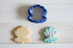 Etsy のPearl shell cookie cutter(ショップ名:TheCookieCutterLand)