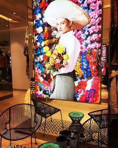 #HMLOVESMADERO La celebración ya comenzó. Una fiesta en donde México y su cultura urbana son los protagonistas. Estás lista?@hm Madero abierto ya! via GRAZIA MEXICO MAGAZINE OFFICIAL INSTAGRAM - Fashion Campaigns  Haute Couture  Advertising  Editorial Photography  Magazine Cover Designs  Supermodels  Runway Models