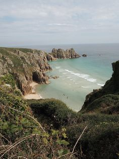 One of the best ways to explore Cornwall and take in the sights is to embark on a coastal walk. I recently took the circular rout… Cornwall Coast, Devon And Cornwall, Cornwall England, Yorkshire England, Yorkshire Dales, Oxford England, London England, Skye Scotland, Highlands Scotland