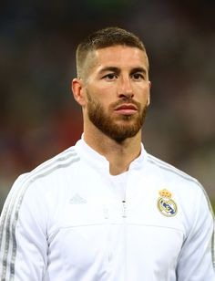 """ I always say the same thing: I am a Madrid fan and I will defend this badge until the death because it's the club I love the most "" Football Hairstyles, Buzz Cut Hairstyles, Mens Hairstyles With Beard, Boy Hairstyles, Hair And Beard Styles, Haircuts For Men, Very Short Hair Men, Short Hair Cuts, Short Hair Styles"