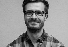 Paul Salisbury zählt zu Deutschlands aufstrebenden Drehbuchautoren. Wie ist er dazu gekommen und welche Serien schaut er gerade? Karrierebibel hat ihn gefragt...