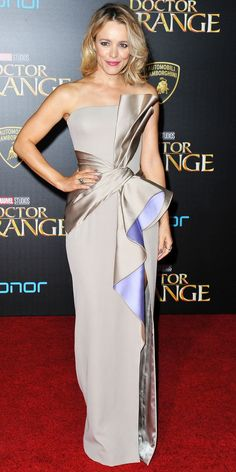 Rachel McAdams fused sweet and futuristic at the Doctor Strange premiere with a custom strapless taupe Atelier Versace gown that was modern in its structured silhouette, but girly with the lilac lining and the flirty ruffles.